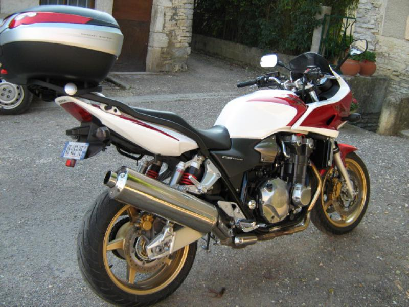 photo de HONDA CB 1300 occasion de couleur  en vente �  Bourberain