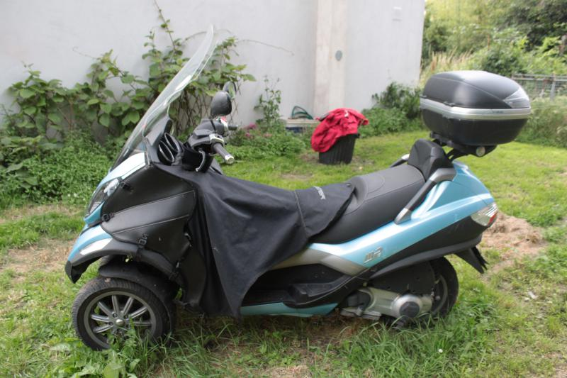 photo de PIAGGIO MP3 125 occasion de couleur  en vente &agrave Andresy n°3