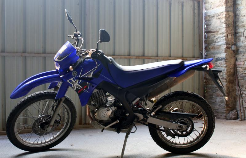 photo de YAMAHA XT 125 occasion de couleur  en vente �  Chateaubriant