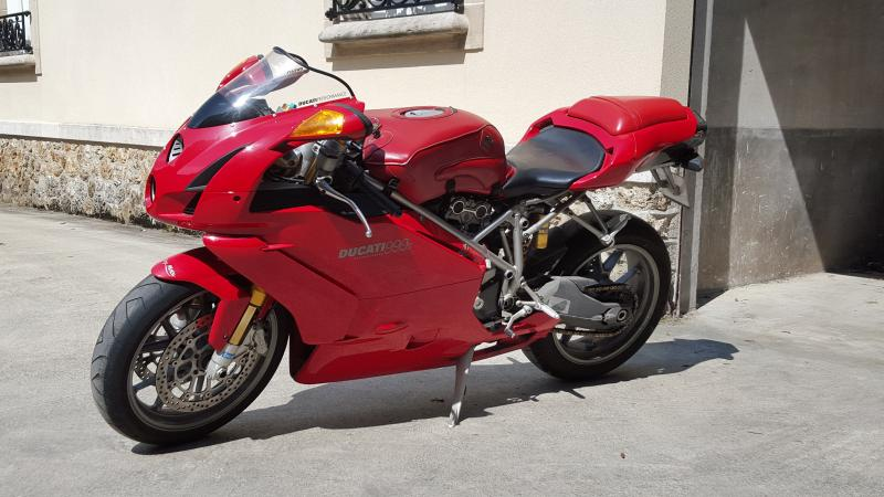 photo de DUCATI 999 999 occasion de couleur  en vente �  Reims